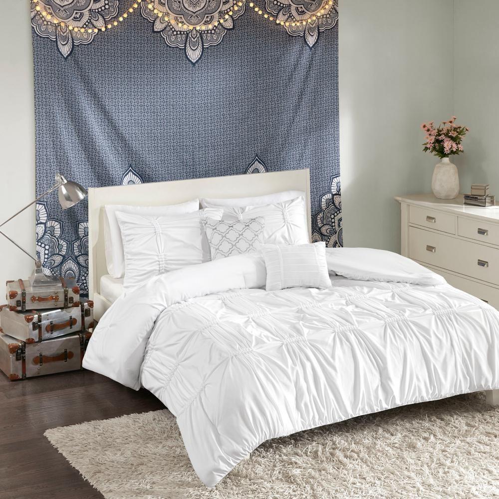 Intelligent Design Quinn 4 Piece White Twin Comforter Set Comforter Sets White Comforter Bedroom Duvet Cover Sets