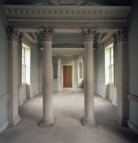 I want roman columns in my bedroom things for my future for Columns in houses interior