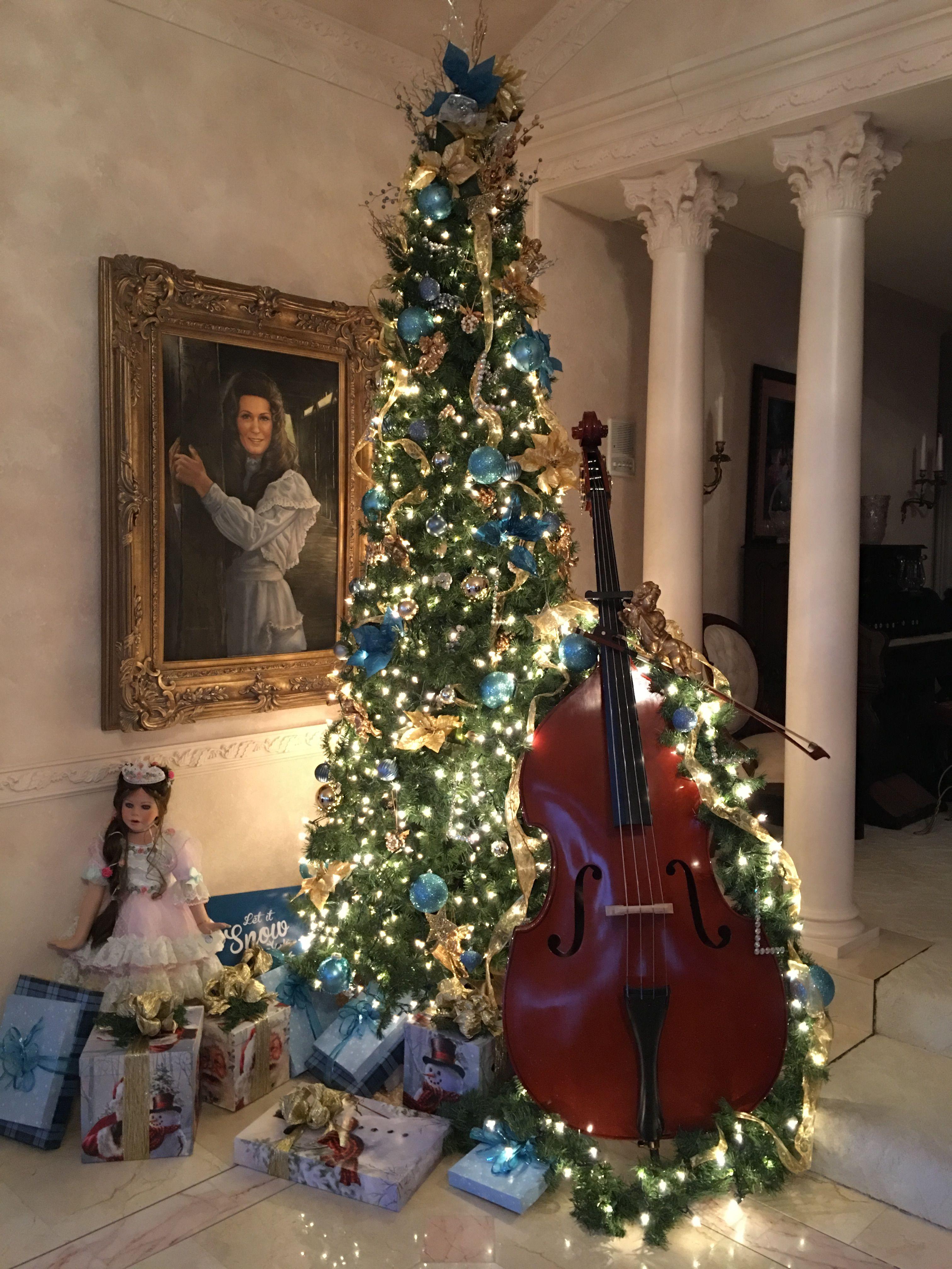 Pin By Loretta Lynn S Ranch On Christmas In Hurricane Mills Holiday Decor Winter Christmas Christmas Tree