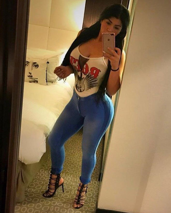 Chubby girl images
