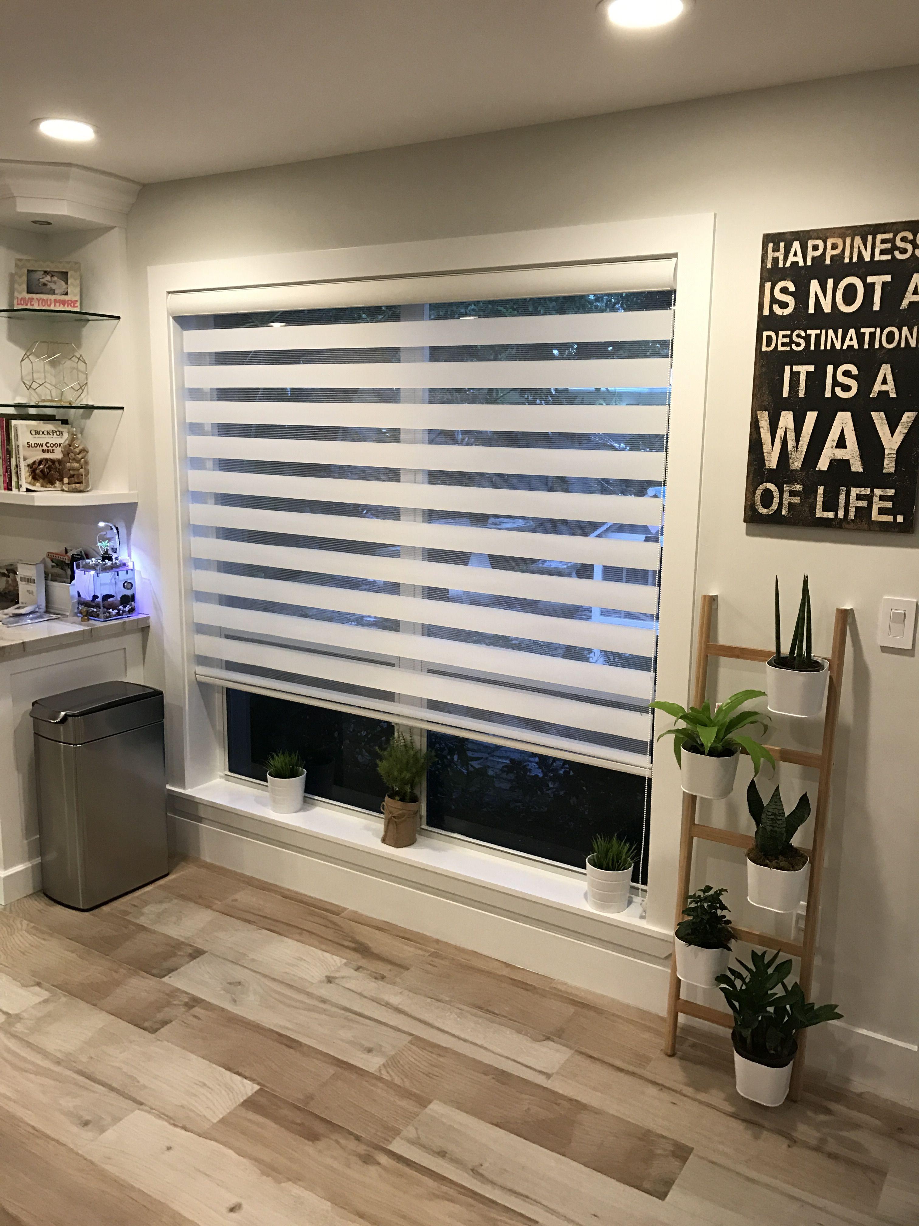 Kitchen Area Zebra Illusion Shades Persianas