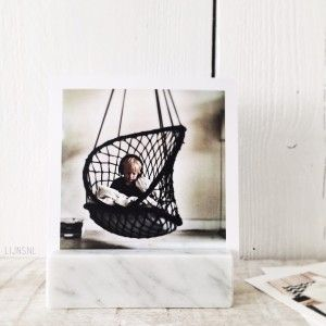 Marble photo holder frame from LIJNS