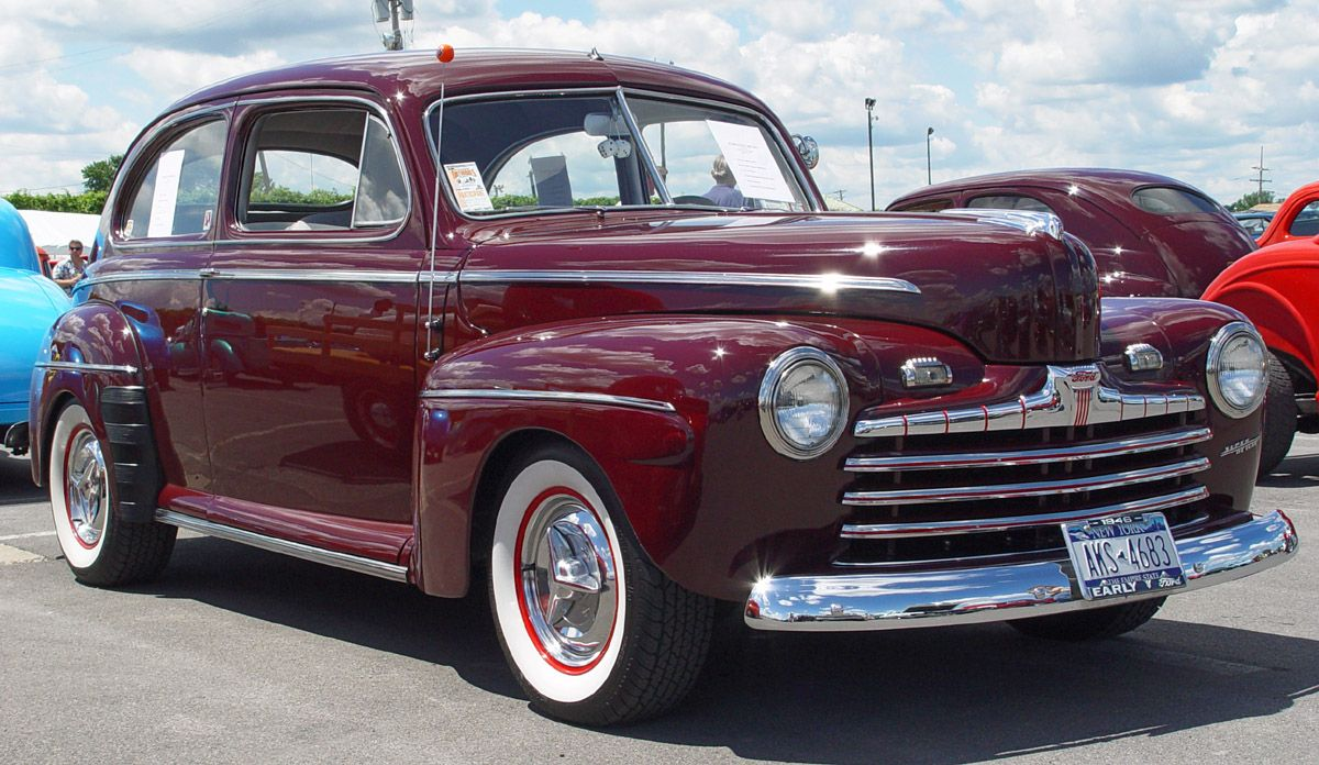 Ford Sedan Maroon Side Angle S Colors And Style