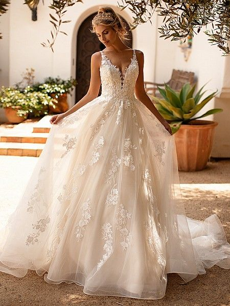 Full A-line Bridal Gown Moonlight Collection J6781