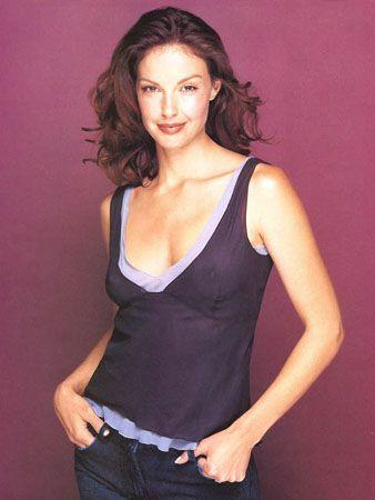 Esquire - ashley esq2 - Ashley-Judd.com