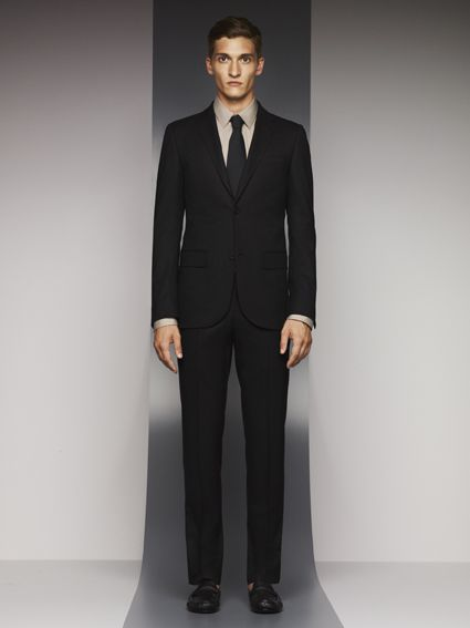 eb8679220b6 Gucci Viaggio Look with Wrinkle Free Wool Suit  gucciviaggio The perfect  business man!