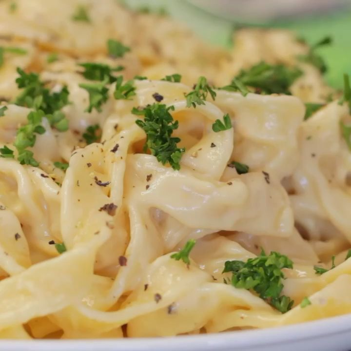 Cheesy Garlic Vegan Alfredo images