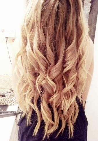 Light Blonde Loose Curls Thick Hair Styles Long Thick Hair