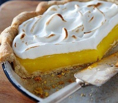 Lemon-meringue pie