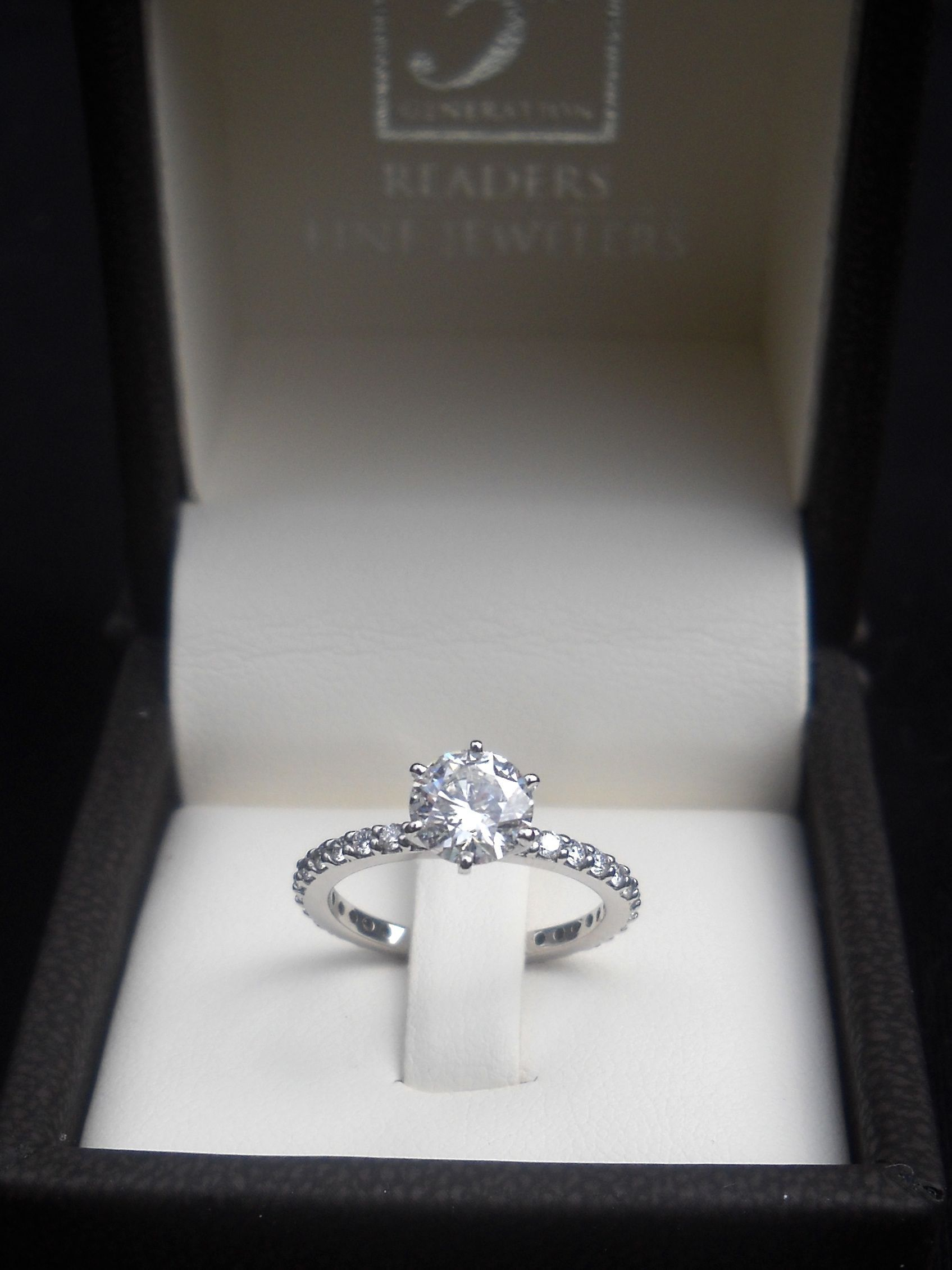 Home Round Diamond Engagement Rings Diamond Engagement Rings
