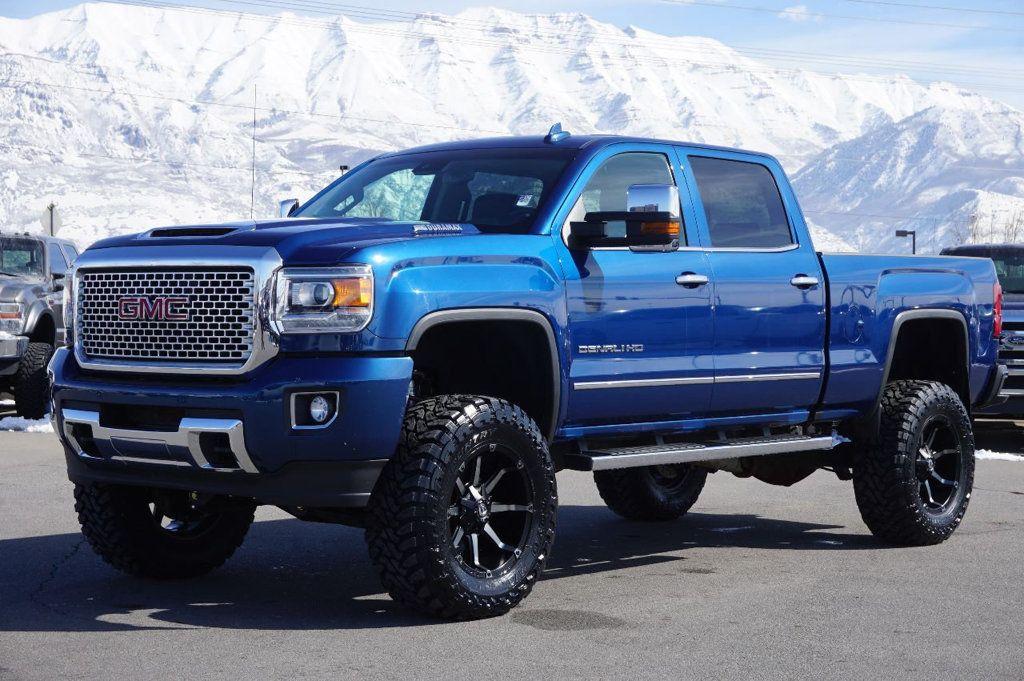 2017 Gmc Sierra 2500hd Denali Hd 17316724 0 Gmc Trucks