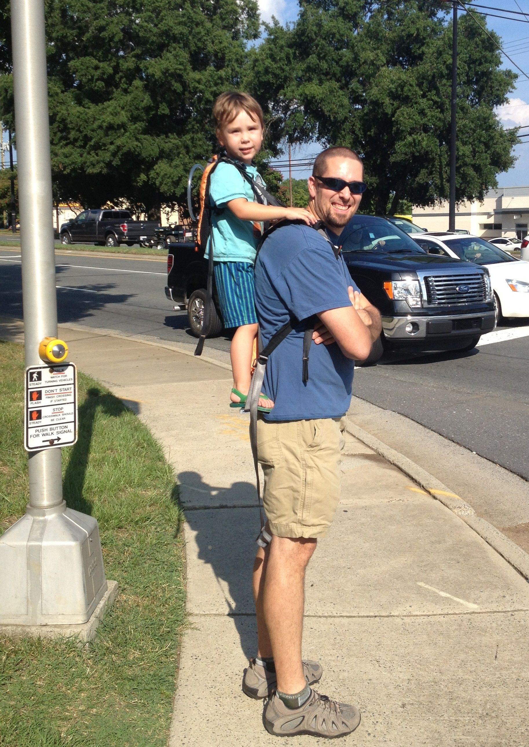NEW!! EXPLORER Toddler Carrier Standing Child Carrier
