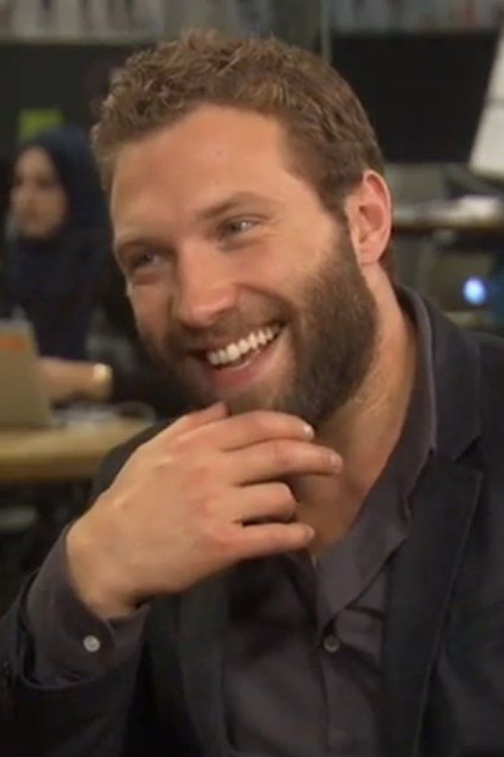 2a67f90e9ff Jai Courtney Isn't Modest About Explaining The 'Modesty Pouch' He Uses For  Nude Scenes