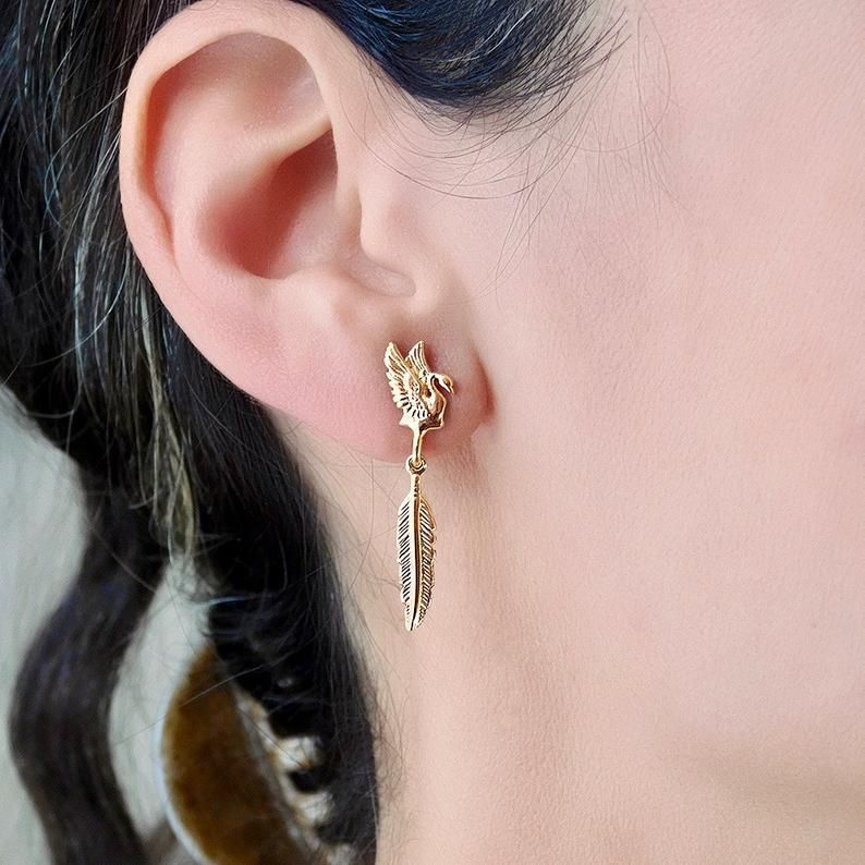 Gold Feather Studs Earrings Gold Birds Studs Earrings 14k Etsy Tiny Stud Earrings Gold Earrings Studs Solid Gold Stud Earrings