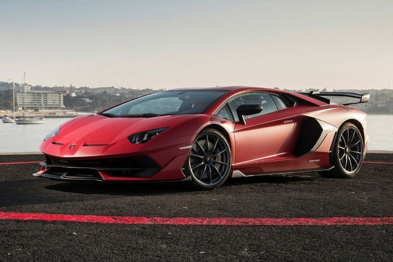 Powerful And Elegant Discover The Best Supercars Of The Year 2019 Super Cars Lamborghini Aventador Luxury Cars Audi