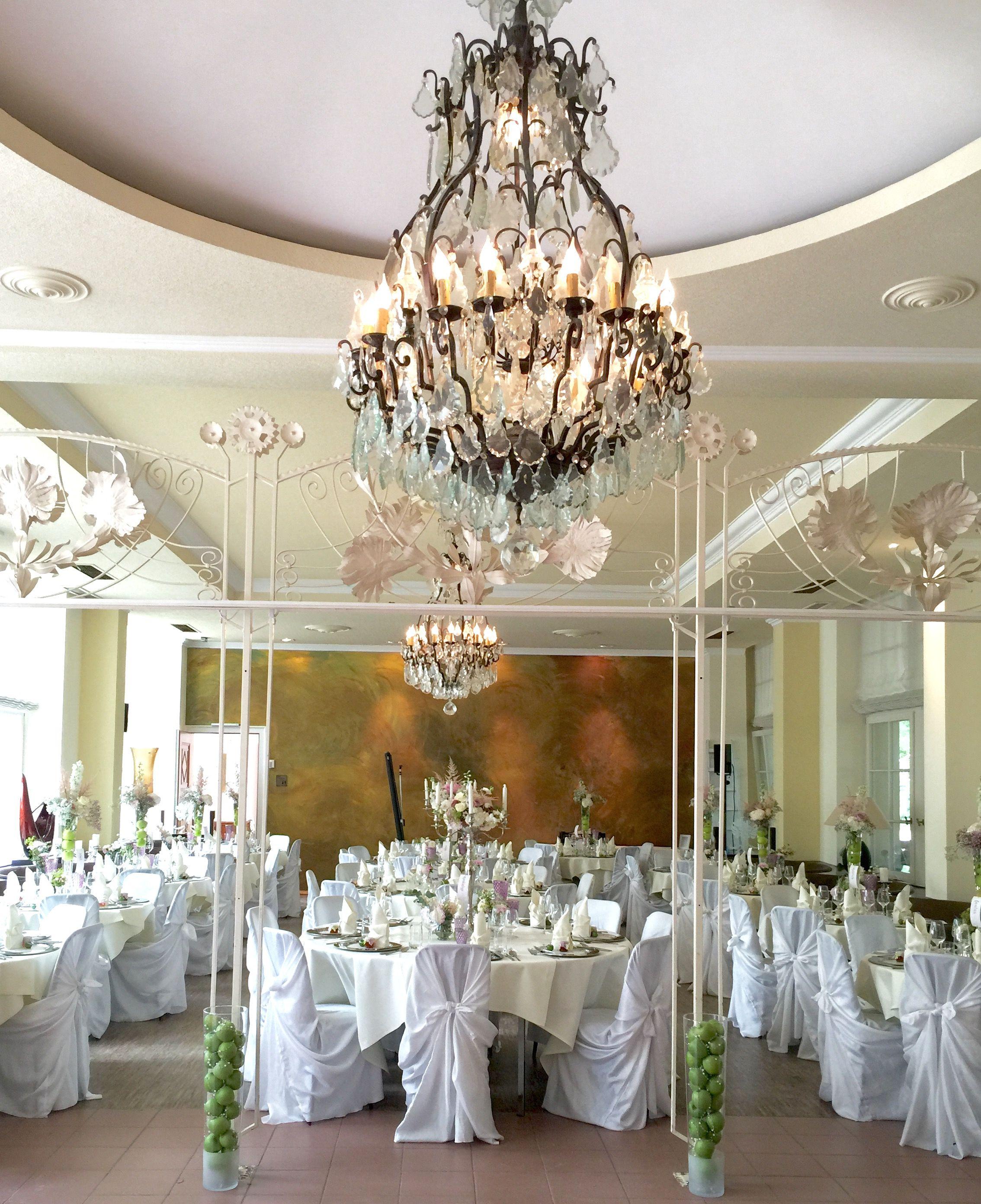 Hochzeitsdekoration in der Orangerie Bad Homburg in