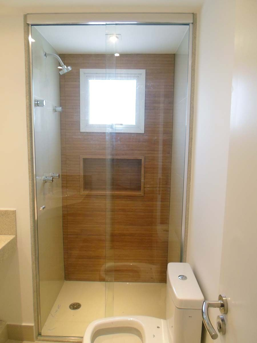 revestimento imitando madeira banheira  banheiros + lavabos  Pinterest  Ma -> Banheiro Decorado Com Blindex
