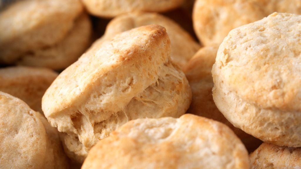 Brötchen-Rezepte: Frisch aus dem Backofen auf den Tisch | Tipps und ...