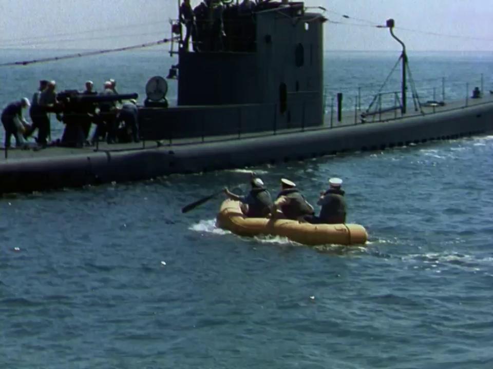 Crash Dive (1943)