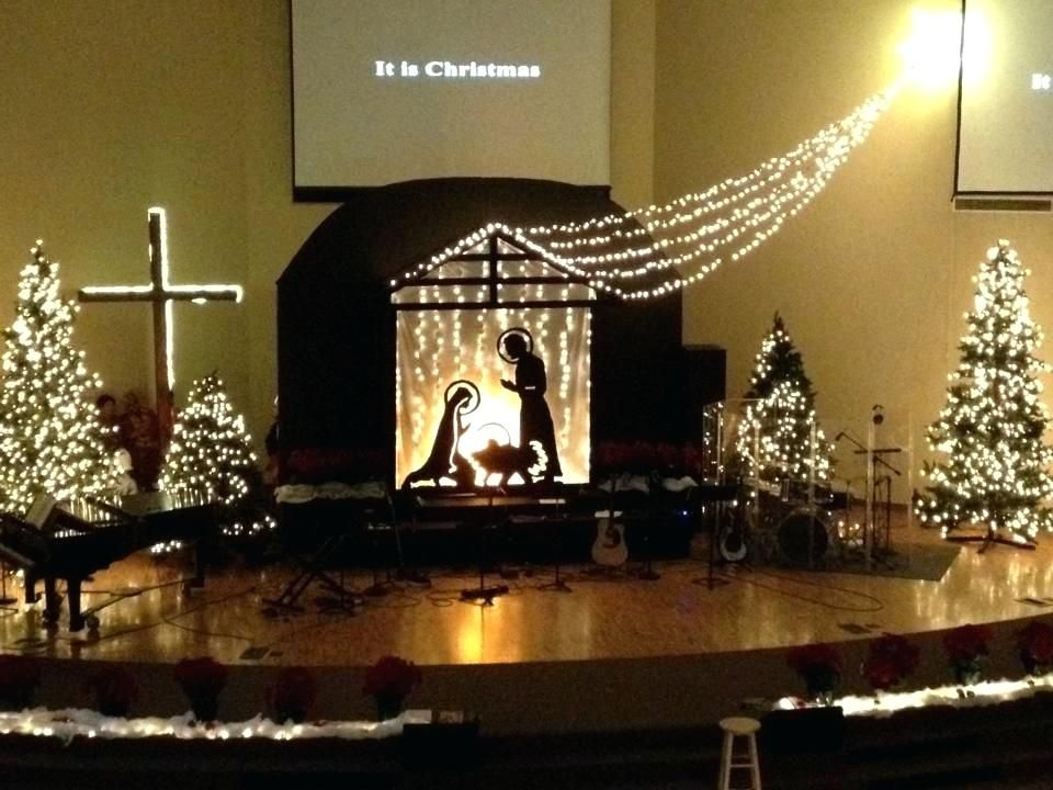 Church Sanctuary Decorating Ideas Back Drops For Church Stage Bright Like A Diamond Church Church Christmas Decorations Christmas Stage Christmas Stage Design