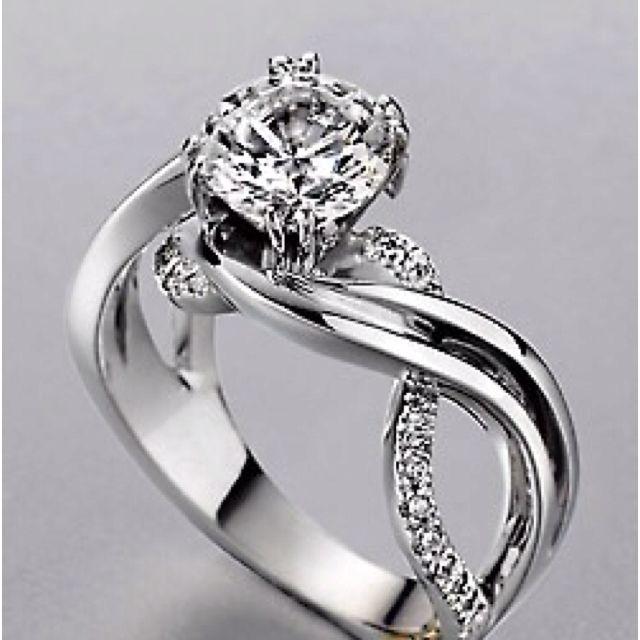such a pretty wedding ring - Pretty Wedding Rings