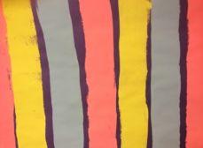 Lignes verticales peintes au rouleau