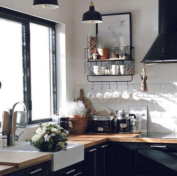 Les Plus Belles Inspirations Deco 2020 De Chez Ikea En 2020 Cuisine Contemporaine Blanche Ikea Inspiration Deco