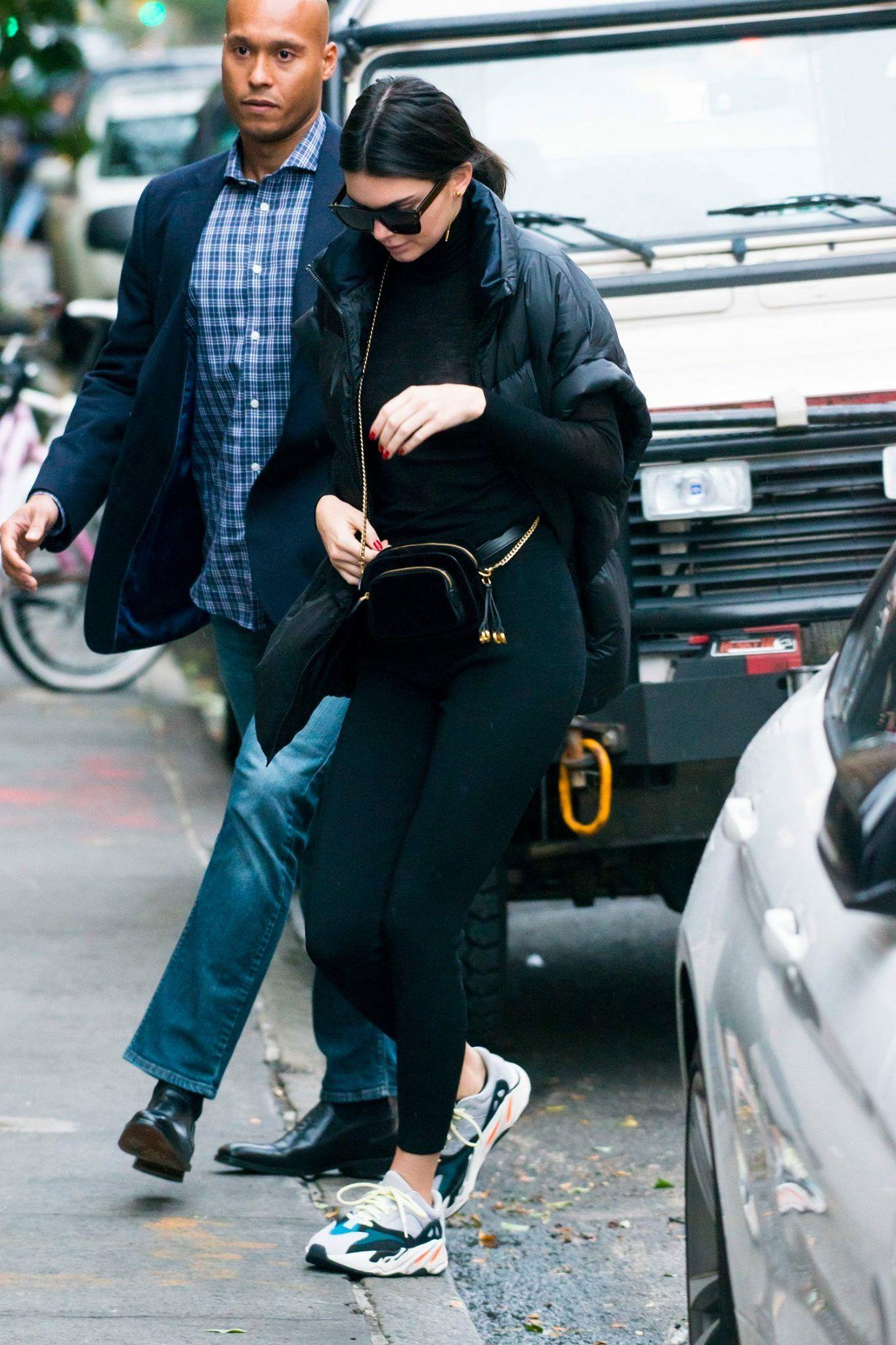 Kendall Jenner #streetstyle #balenciaga