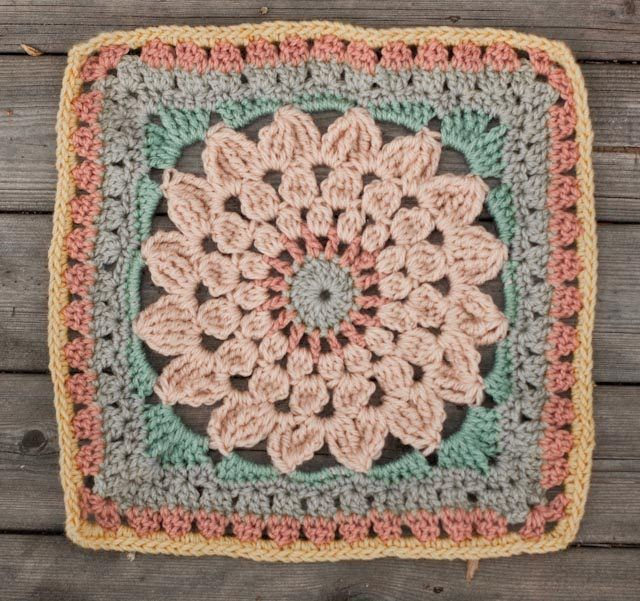 create: Kata - free crochet square pattern | A Granys | Pinterest ...