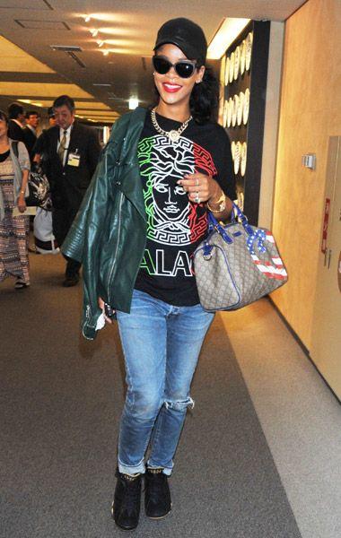 fde1d31f3 Rihanna Rocks Palace Versafe 'Medusa Palace' T-Shirt, Alexander McQueen  Biker Jacket, Jeans, Air Jordan Retro VII Sneakers & Gucci Bag