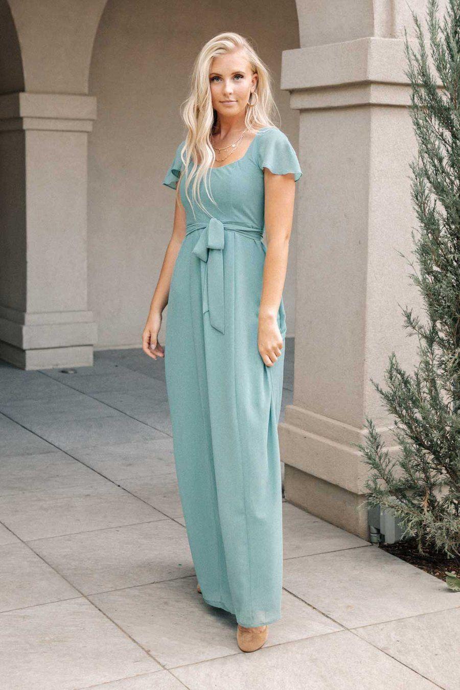 Florence Sweetheart Maxi Dress In Sage Maxi Dress Sage Dress Dresses [ 1350 x 900 Pixel ]