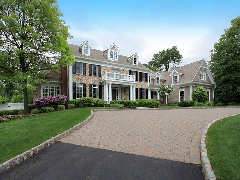 Exquisite Bucks County Colonial | Far Hills Somerset County Single Family Home Home for Sales Details
