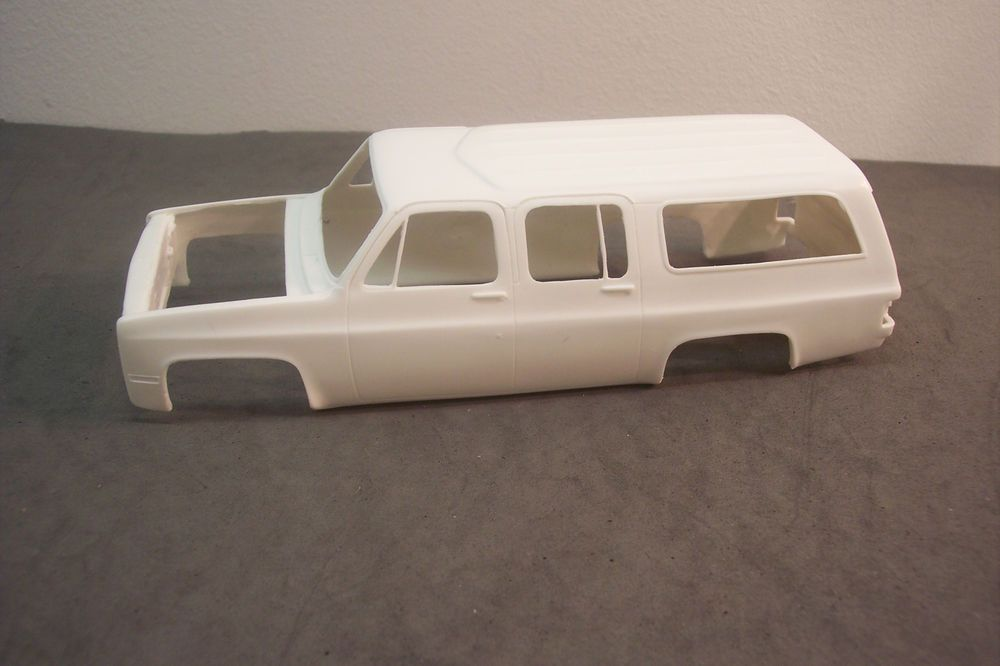 1984 Amt Mpc Chevy Suburban Kit 1 25 Scale Resin Resin Chevy Suburban Chevy Suburban