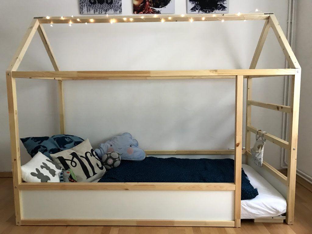 DIY Hausbett mit Rausfallschutz – IKEA Kura Hack – YUMYUMS