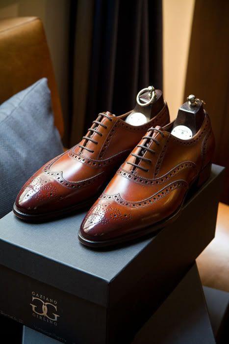 Bespoke Brogues, by Gaziano & Girling. | Zapatos para traje