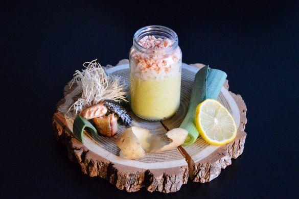 recette de petit pot de saumon et riz sur fondue de poireaux pour b b cuisine b b. Black Bedroom Furniture Sets. Home Design Ideas