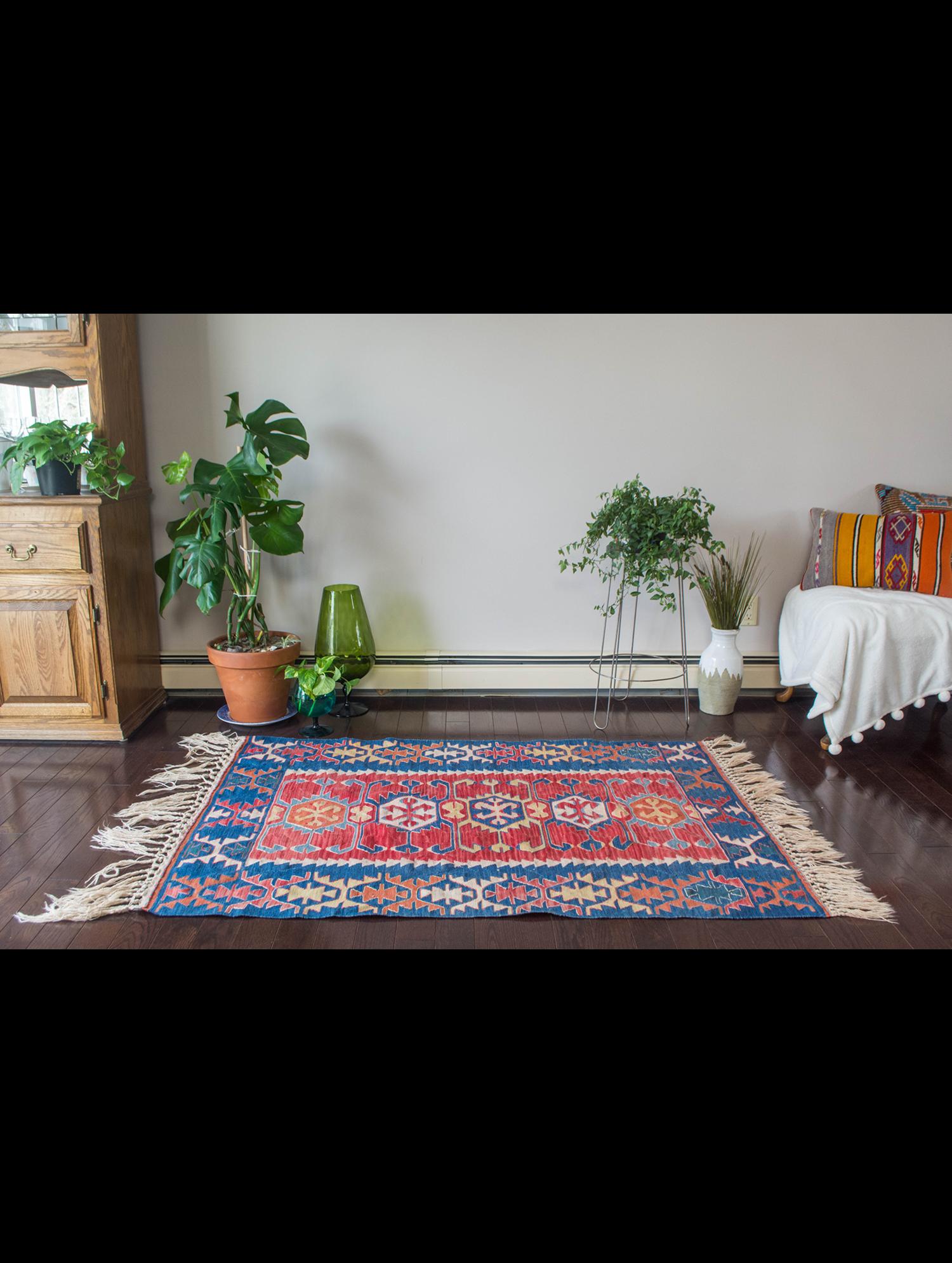 'Ender' Rug Vintage Kilim 3.5' x 5' Home decor, Rugs