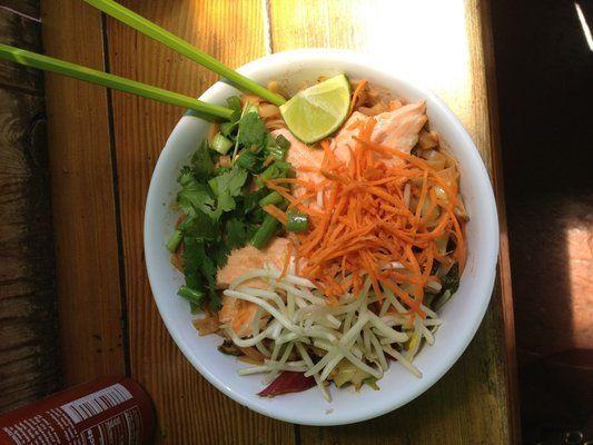 Salmon Pad Thai Charlie Hong Kong Santa Cruz Ca Santa Cruz