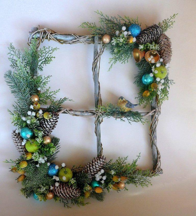 Красиві новорічні декорації з гілок: 16 фото – Самотужки   Christmas decor  diy, Easy christmas wreaths, Christmas wreaths