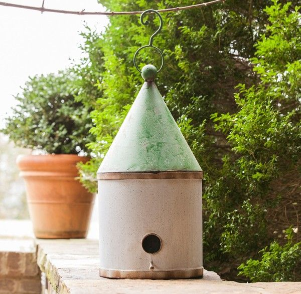 With a whimsical nod to a grain silo, this large metal birdhouse will provide plenty of space to keep the birds in your garden safe and cozy. - See more at: http://shop.pallensmith.com/gifts/silo-birdhouse-large/#sthash.Q0U6qOGT.dpuf
