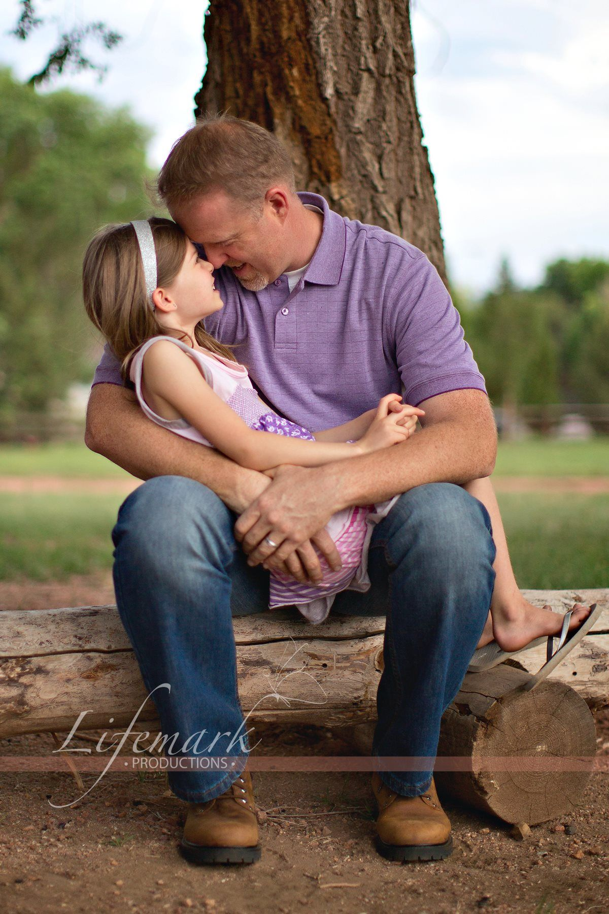 Family Photography Colorado Springs Daddy Daughter Cuddle