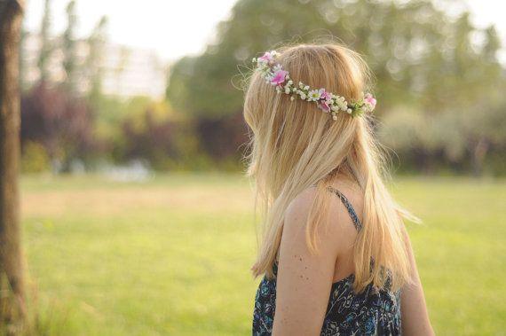 Corona de flores rosa y blanca. por TheLittleNemo en Etsy