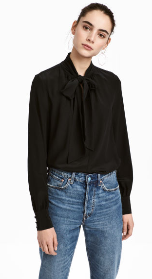 f05793610fc39 Wide blouse in mulberry silk with a stand-up collar
