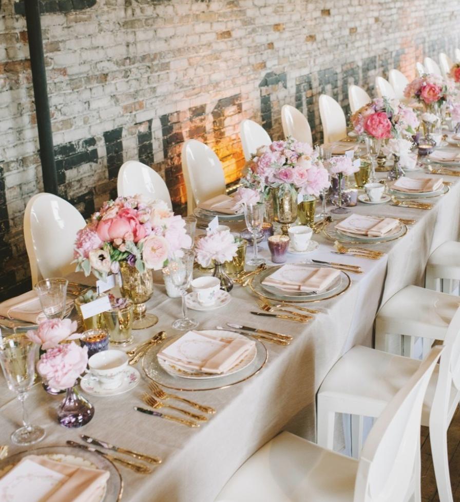 Gold Wedding Reception: Classy, Elegant And Glamorous Gold Wedding Reception Ideas