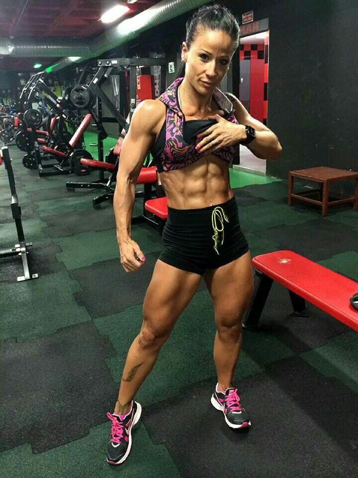 http://bit.ly/abenteurer-einstellung - Frauen mögen Draufgänger! #Fitnessmodel #Bikinimodel #Fitchick #Fitbody #Bauchmuskeln #Sixpack :)