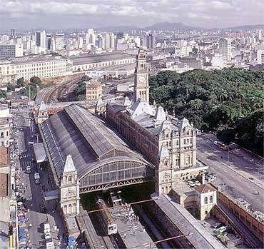 Estação da Luz - São Paulo vista aérea