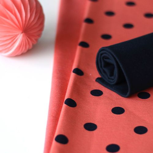 Polka Dots College, Coral | NOSH Fabrics Spring & Summer 2016 Collection - Shop at en.nosh.fi | Kevään 2016 malliston kankaat saatavilla nyt nosh.fi