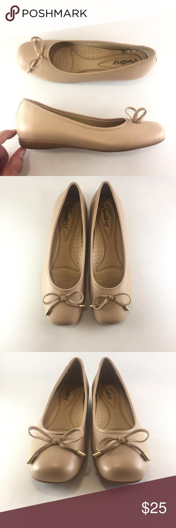 Trotters Womens Sante Ballet Flat