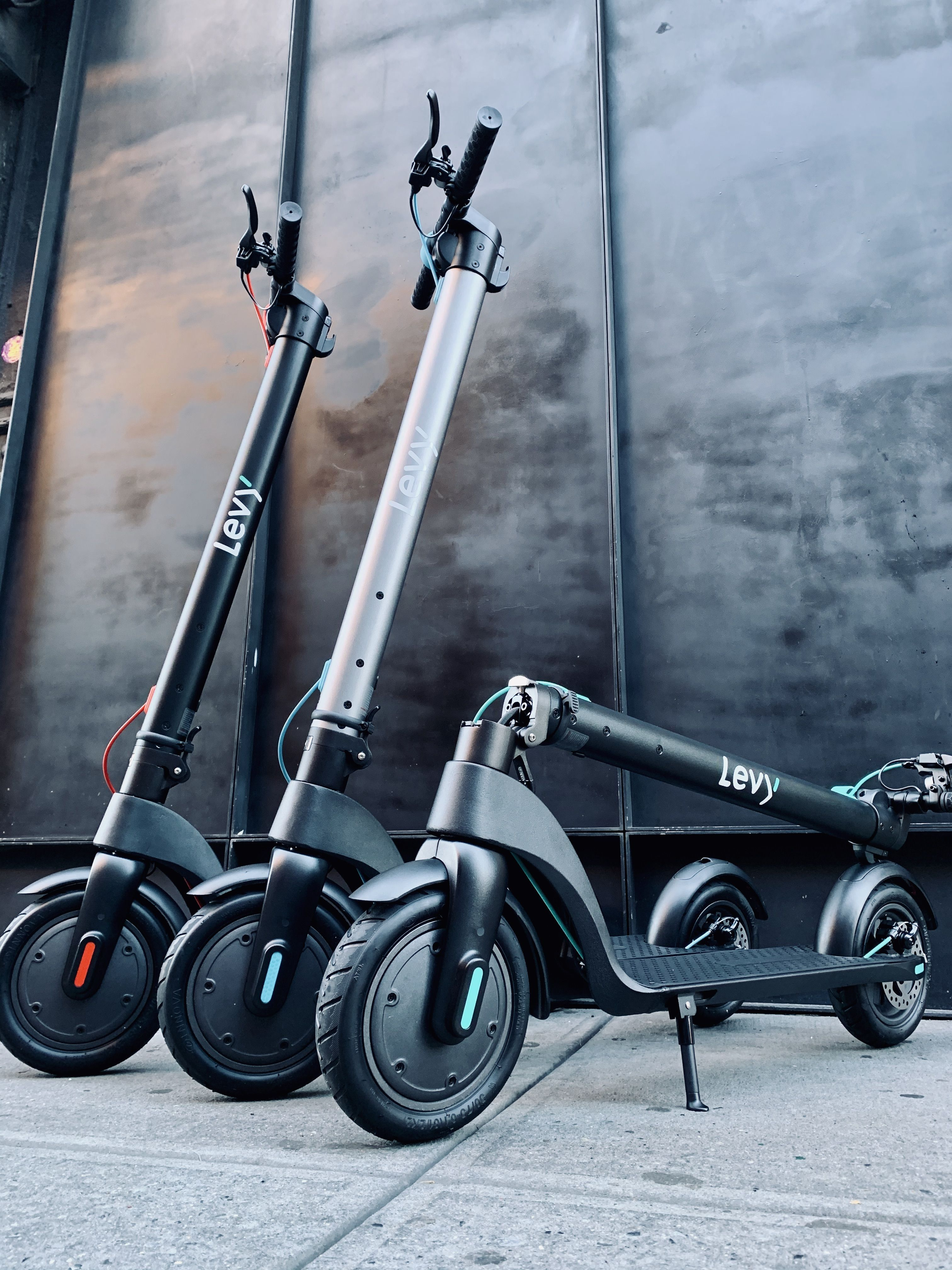 Levy Electric Swappable Battery Scooters Seriously Speed Up Your Commute In 2020 Black Friday Stores Scooter Black Friday Gift