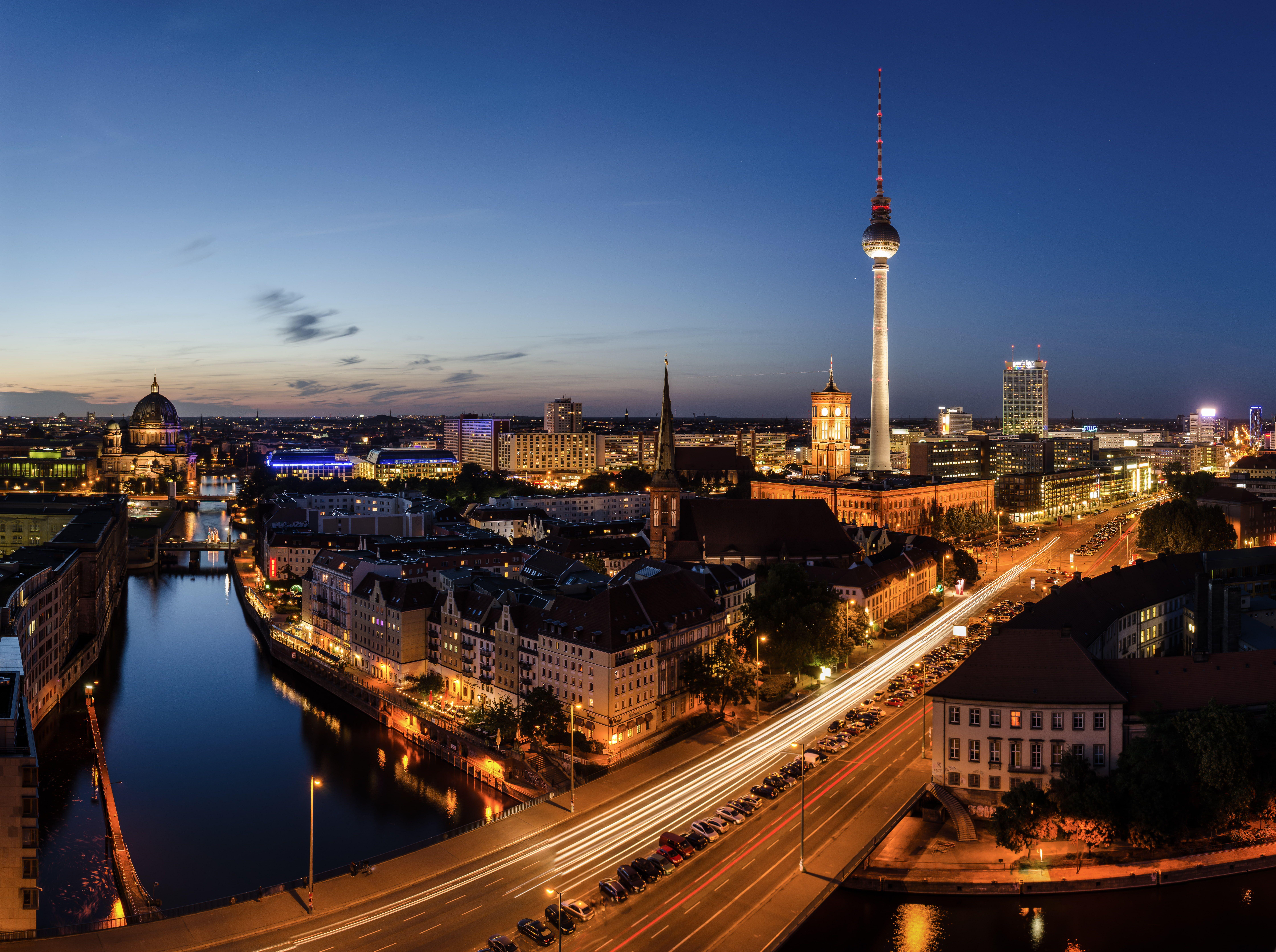 Berlin Skyline Night Bridge City The City Lights Lights Road Germany Road Bridge Street Night Street Germany Berlin Ber In 2020 Skyline Bridge City City
